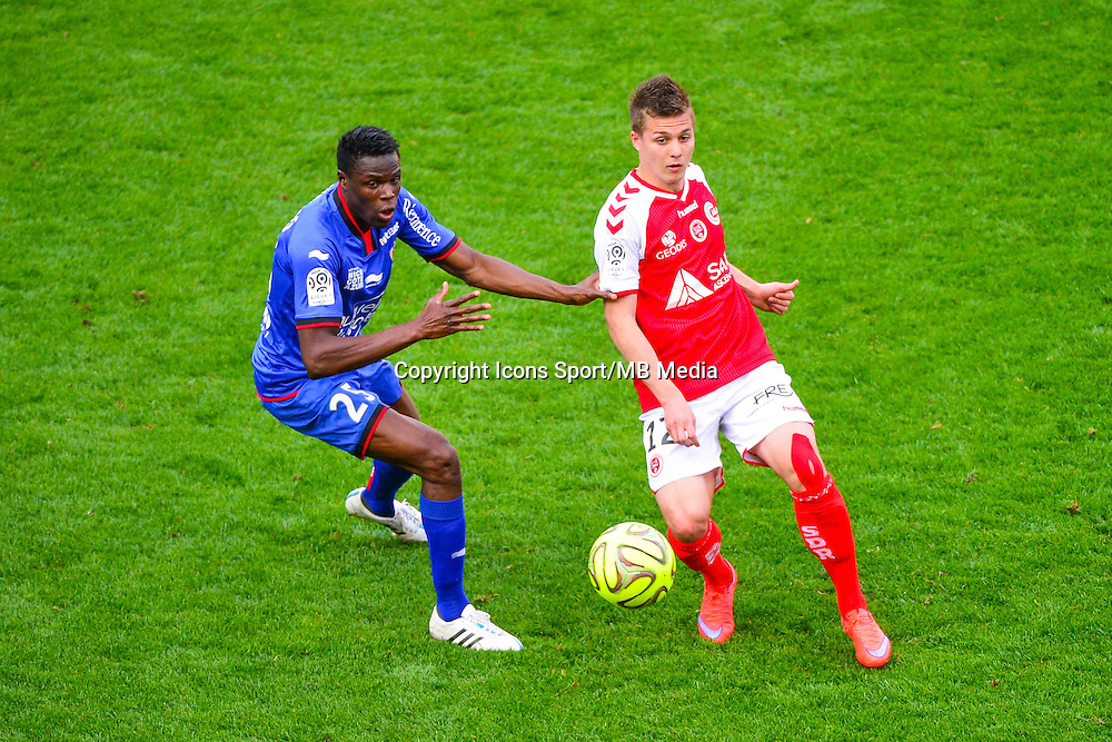 Nicolas DE PREVILLE / Romain GENEVOIS - 12.04.2015 - Reims / Nice - 32eme journee de Ligue 1 <br />