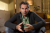 2008, BERLIN/GERMANY:<br /> Martin Varsavsky, argentinischer Unternehmer und Geschaeftsfuehrer und Gruender von FON, waehrend einem Interview, Restaurant Shiro I Shiro<br /> IMAGE: 20081020-04-004