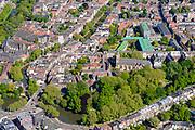 Nederland, Utrecht, Utrecht, 13-05-2019; overzicht van Utrecht gezien vanuit het Zuiden, bomen in voorjaarsgroen langs de singels, Catherijnesingel, Tolsteegsingel. In de voorgrond Ledig Erf, Oude Gracht richting Dom en Domtoren, links de Geertekerk.<br /> Overview of Utrecht seen from the South, trees in green spring trees along the canals.<br /> <br /> luchtfoto (toeslag op standard tarieven);<br /> aerial photo (additional fee required);<br /> copyright foto/photo Siebe Swart