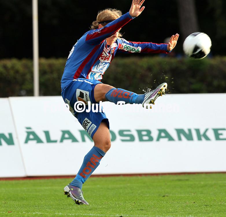 21.8.2011, Wikl?f Holding Arena, Mariehamn..Veikkausliiga 2011, IFK Mariehamn - JJK Jyv?skyl?..Jani Virtanen - JJK..