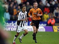 Fotball<br /> Premier League England<br /> 29.11.2003<br /> Wolverhampton v Newcastle<br /> Jody Craddock - Wolves<br /> Jermaine Jenas - Newcastle<br /> Foto: Morten Olsen, Digitalsport