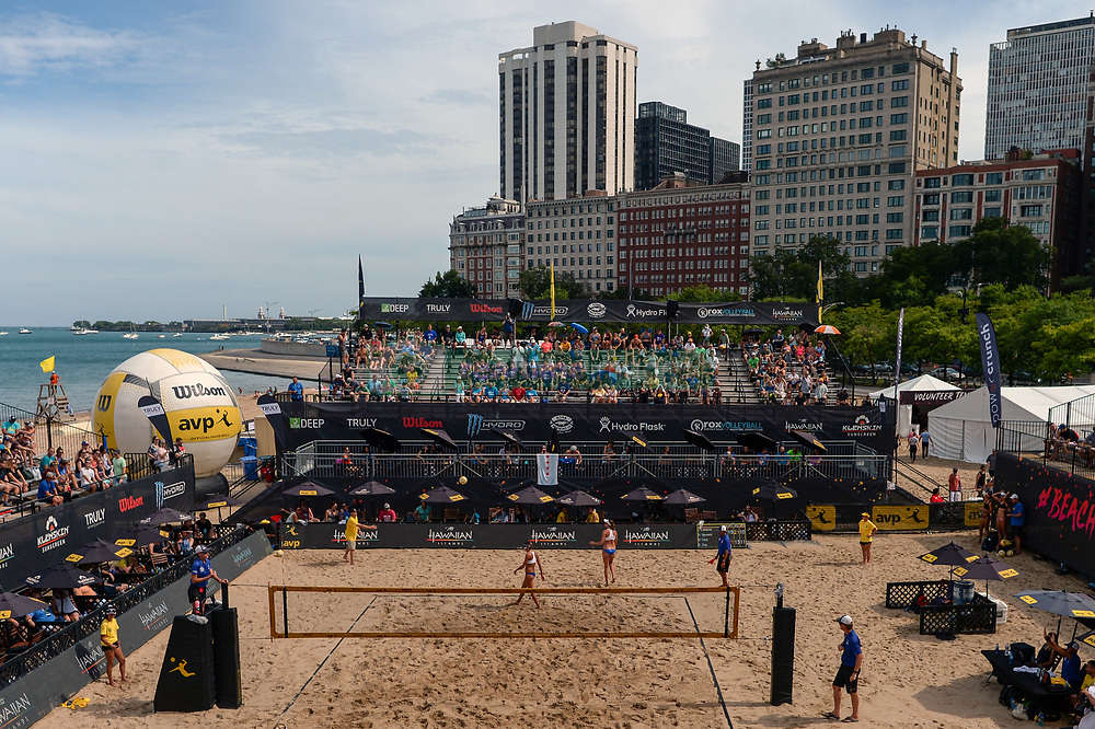 September 1, 2018 - Chicago, IL, U.S. - CHICAGO, IL - SEPTEMBER 01: A general view of stadium court at AVP Championships in Chicago on September 1, 2018 at Oak Street Beach in Chicago, Illinois.  (Photo by Quinn Harris/Icon Sportswire) (Credit Image: © Quinn Harris/Icon SMI via ZUMA Press)