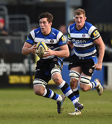 Bath Rugby openside flanker Francois Louw in Aviva Premiership action against Wasps at the Recreation Ground - Photo mandatory by-line: Paul Knight/JMP - Mobile: 07966 386802 - 10/01/2015 - SPORT - Rugby - Bath - The Recreation Ground - Bath Rugby v Wasps - Aviva Premiership