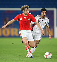 Fussball International Laenderspiel Oesterreich - Venezuela Oesterreichs Ferdinand Feldhofer (l.) gegen Fernando De Ornelas