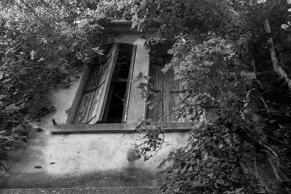 September 2014 Workshop -  Black and White and Film on the Abandoned Island of Poveglia<br /> <br /> HOW TO LICENCE THIS PICTURE: please contact us via e-mail at sales@xianpix.com or call our office in London +44 (0)207 1939846 for prices and terms of copyright. First Use Only ,Editorial Use Only, All repros payable, No Archiving.&copy; MARCO SECCHI