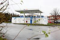 Hirschberg. 11.12.17 | <br /> Wasserstoffstankstelle. AirLiquid.<br /> <br /> Bild: Markus Prosswitz 11DEC17 / masterpress (Bild ist honorarpflichtig - No Model Release!) <br /> BILD- ID 01774 |
