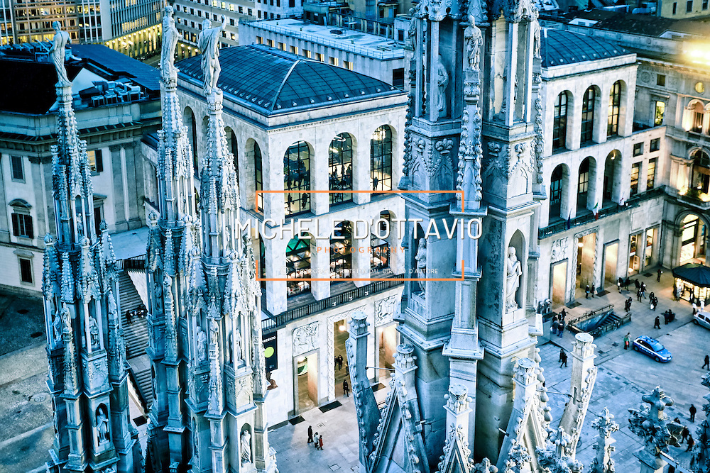 Museo del Novecento fotografato dalla terrazza del Duomo al calar della sera.