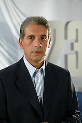 O candidato a prefeito de Porto Alegre José Fogaça (PPS) durante gravação do seu programa de TV. FOTO: Jefferson Bernardes/Preview.com