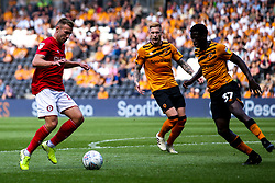 Andi Weimann of Bristol City takes on Leo Da Silva Lopes of Hull City - Mandatory by-line: Robbie Stephenson/JMP - 24/08/2019 - FOOTBALL - KCOM Stadium - Hull, England - Hull City v Bristol City - Sky Bet Championship
