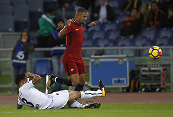 October 28, 2017 - Rome, Italy - Roma s Bruno Peres, right, is tackled by Bologna s Giancarlo Gonzalez during the Serie A soccer match between Roma and Bologna at the Olympic stadium. (Credit Image: © Riccardo De Luca/Pacific Press via ZUMA Wire)