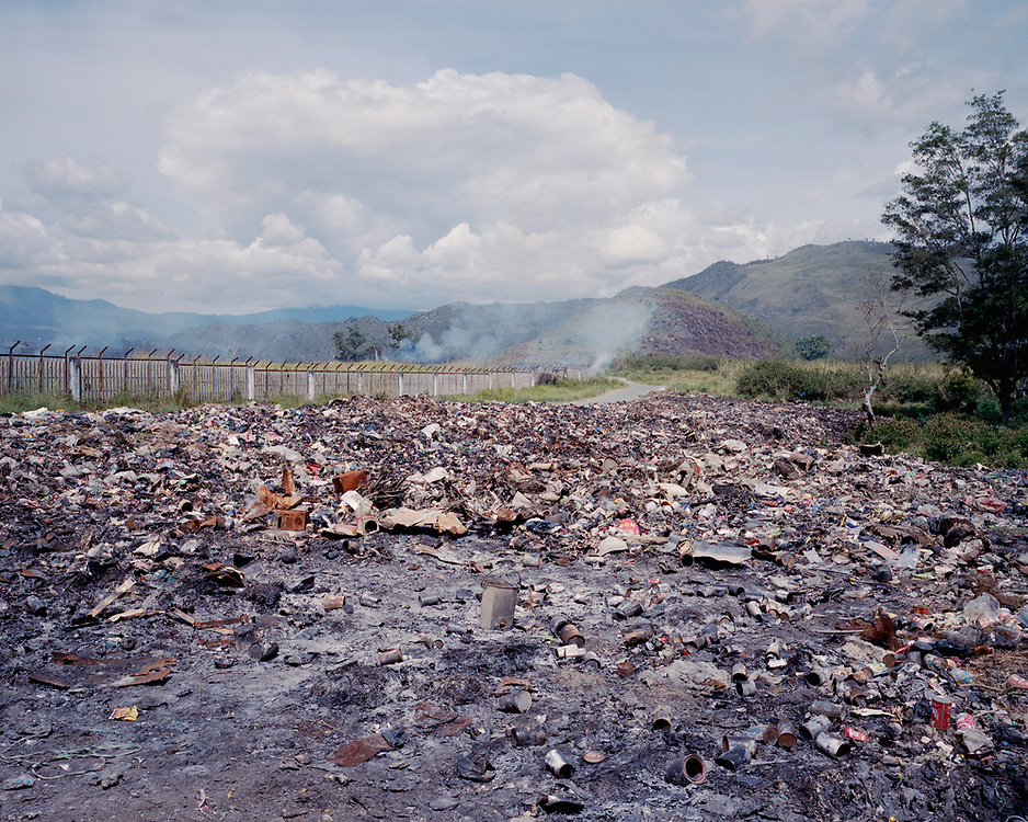 Garbage dump in Wamena near &quot;Sunda Lekama,&quot; a popular place for gambling, drinking, and sex<br /> <br /> Scenery (establishing shots)