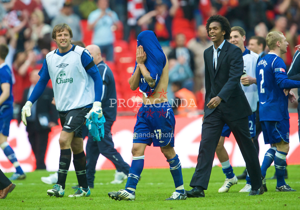LONDON, ENGLAND - Sunday, April 19, 2009: Everton's Tin Cahill, who missed the first penalty, looks relieved as he celebrates beating Manchester United on penalties during the FA Cup Semi-Final match at Wembley. (Photo by David Rawcliffe/Propaganda)