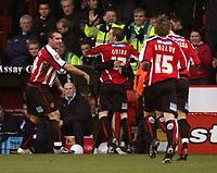 Fotball<br /> England<br /> Foto: imago/Digitalsport<br /> NORWAY ONLY<br /> <br /> 03.12.2005 <br /> <br /> Torjubel Sheffield United - V.li. David Unsworth, Alan Quinn, Rob Kozluk