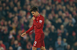 LIVERPOOL, ENGLAND - Boxing Day, Wednesday, December 26, 2018: Liverpool's Roberto Firmino walks off dejected as he is substituted during the FA Premier League match between Liverpool FC and Newcastle United FC at Anfield. (Pic by David Rawcliffe/Propaganda)