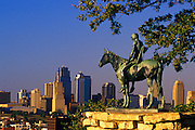 Image of the Kansas City Scout statue overlooking the skyline of Kansas City, Missouri, American Midwest