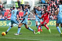 Tammy Abraham of Bristol City shoots - Rogan Thomson/JMP - 04/02/2017 - FOOTBALL - Ashton Gate Stadium - Bristol, England - Bristol City v Rotherham United - Sky Bet Championship.