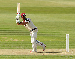 Somerset's James Hildreth tries to flick the ball away - Photo mandatory by-line: Robbie Stephenson/JMP - Mobile: 07966 386802 - 21/06/2015 - SPORT - Cricket - Southampton - The Ageas Bowl - Hampshire v Somerset - County Championship Division One