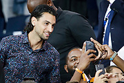 ex PSG Javier Pastore takes selfies with fans during the French championship L1 football match between Paris Saint-Germain (PSG) and Caen on August 12th, 2018 at Parc des Princes, Paris, France - Photo Geoffroy Van der Hasselt / ProSportsImages / DPPI