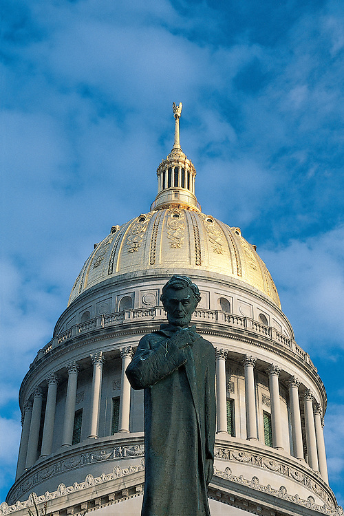 West Virginia, Charleston, State Capitol Building, Statue of Abraham Lincoln