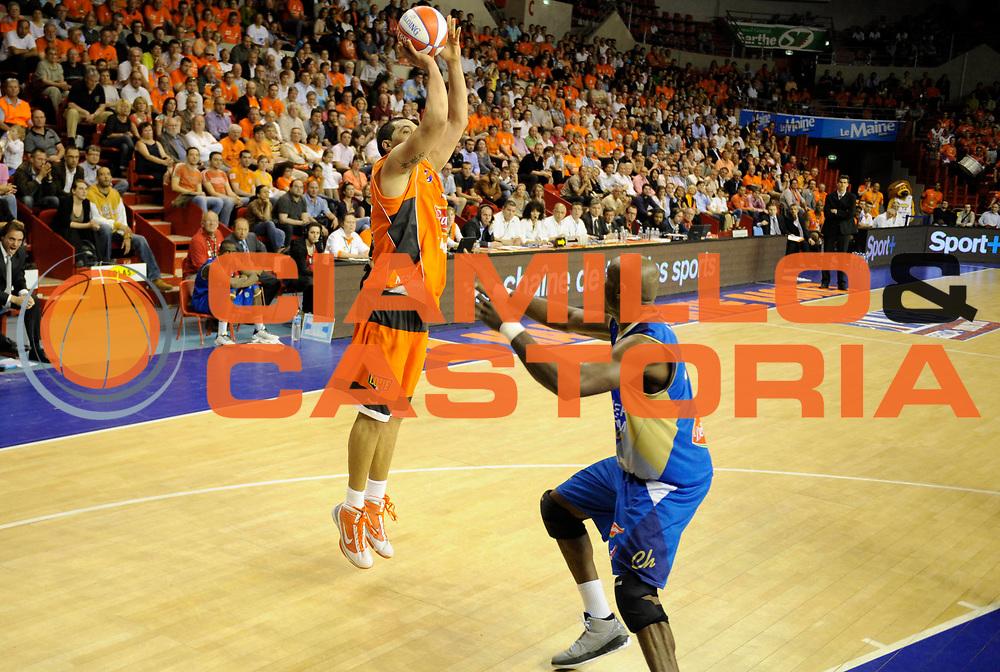 DESCRIZIONE : Ligue France Pro A  Le Mans Roanne Play Off 1/2 Finale<br /> GIOCATORE : Batista Joao Paulo<br /> SQUADRA : Le Mans<br /> EVENTO : FRANCE Ligue  Pro A 2009-2010<br /> GARA : Le Mans Roanne<br /> DATA : 28/05/2010<br /> CATEGORIA : Basketball Pro A Action<br /> SPORT : Basketball<br /> AUTORE : JF Molliere par Agenzia Ciamillo-Castoria <br /> Galleria : France Ligue Pro A 2009-2010 <br /> Fotonotizia : Ligue France Pro A  Le Mans Paris Roanne Play Off 1/2 Finale<br /> Predefinita :
