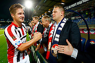19-09-2015 VOETBAL:WILLEM II- FC UTRECHT:TILBURG<br /> <br /> De fieldseats van Willem II waar supporters van aanvoerder Jordens Peters van Willem II persoonlijk worden bedankt.<br /> <br /> Foto: Geert van Erven