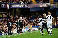 Olympique Lyonnais face à Wolfsburg lors de la finale de la UEFA Women Champion's League 2013, le 23 Mai 2013 au Stamford Bridge.