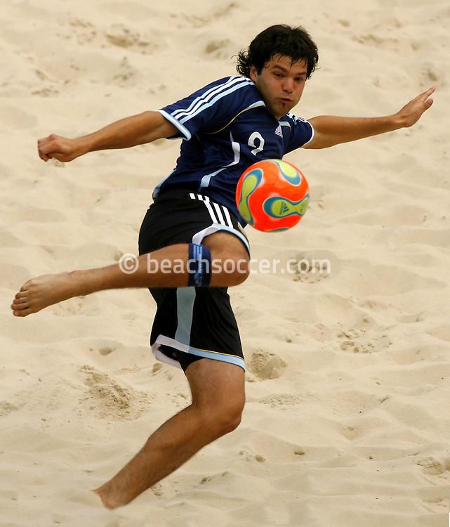 Football-FIFA Beach Soccer World Cup 2006 - Group D-Bahrain - Argentina, Beachsoccer World Cup 2006. Argentina's Minici - Rio de Janeiro - Brazil 04/11/2006<br /> Mandatory credit: FIFA/ Manuel Queimadelos