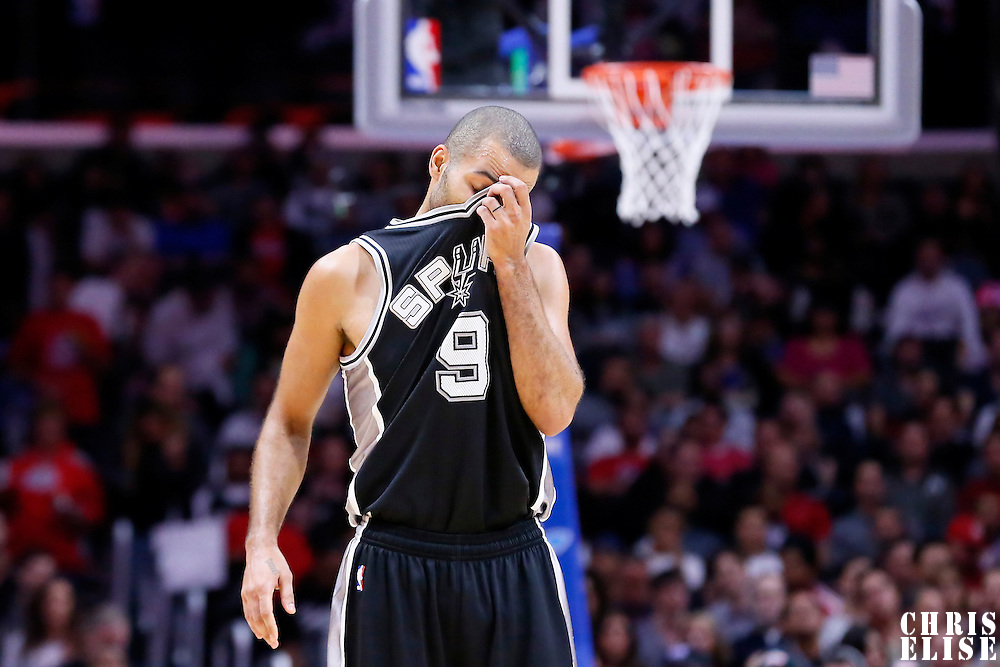 10 November 2014: San Antonio Spurs guard Tony Parker (9) rests during the San Antonio Spurs 89-85 victory over the Los Angeles Clippers, at the Staples Center, Los Angeles, California, USA.
