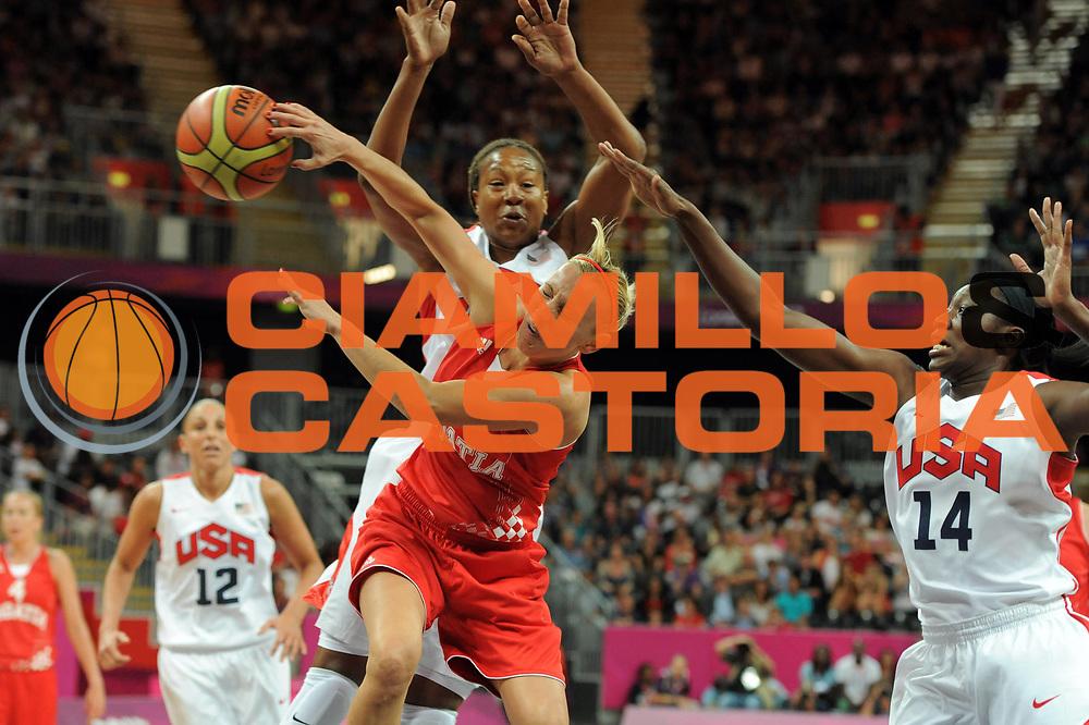 DESCRIZIONE : London Londra Olympic Games Olimpiadi 2012 Women Preliminary Round USA Croatia Usa Croazia<br /> GIOCATORE : Andja Jelavic<br /> CATEGORIA : Passaggio<br /> SQUADRA : Croatia Croazia<br /> EVENTO : Olympic Games Olimpiadi 2012<br /> GARA : USA Croatia Usa Croazia<br /> DATA : 28/07/2012 <br /> SPORT : Pallacanestro <br /> AUTORE : Agenzia Ciamillo-Castoria/GiulioCiamillo<br /> Galleria : London Londra Olympic Games Olimpiadi 2012 <br /> Fotonotizia : London Londra Olympic Games Olimpiadi 2012 Women Preliminary Round USA Croatia Usa Croazia<br /> Predefinita :