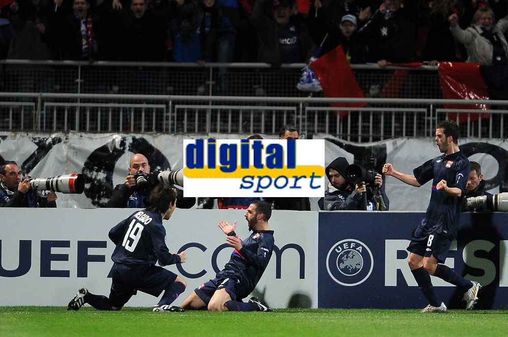 FOOTBALL - UEFA CHAMPIONS LEAGUE 2009/2010 - 1/4 FINAL - 1ST LEG - OLYMPIQUE LYONNAIS v GIRONDINS DE BORDEAUX - 30/03/2010 - PHOTO FRANCK FAUGERE / DPPI - GOAL LISANDRO