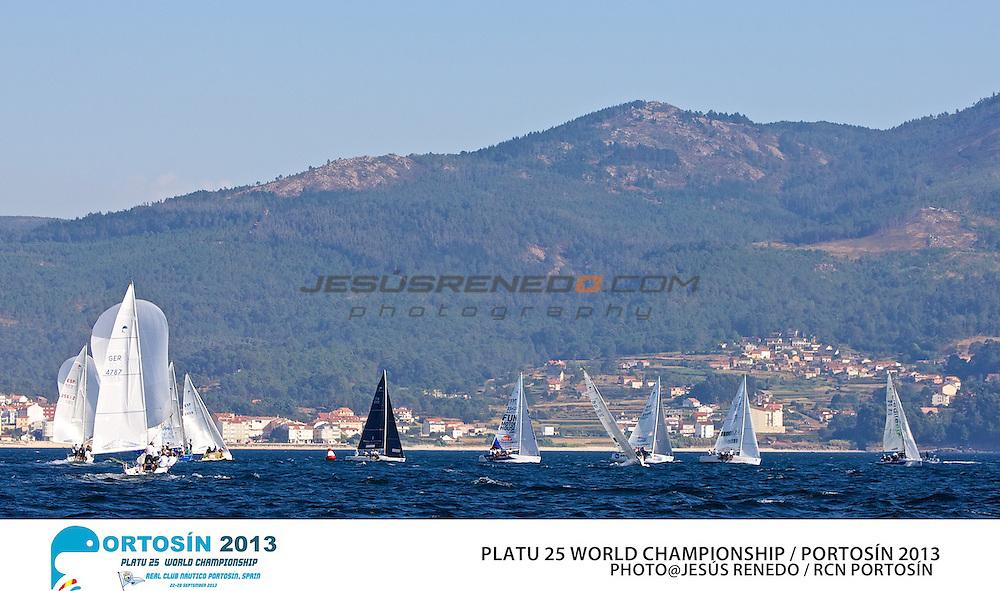 Platu 25 World Championships, Portosín , Galicia, Spain. 24-29 September 2013 Practice race ©