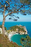 France, Finistère (29), Mer d'Iroise, parc naturel régional d'Armorique, Presqu'île de Crozon, Cap de la Chèvre, Pointe de Saint-Hernot // France, Briitany, Finistere, Crozon, Cap de la Chèvre, Saint-Hernot beach