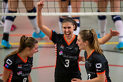 02-02-2019 NED: Regio Zwolle Volleybal - Sliedrecht Sport, Zwolle<br /> Round 16 of Eredivisie volleyball - Sliedrecht win the match 3-2 / Marije Neuman #3 of Zwolle