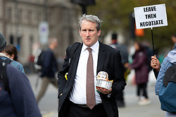 © Licensed to London News Pictures. 29/10/2019. London, UK. Damian Hinds MP arriving at the Houses of Parliament this afternoon. Photo credit : Tom Nicholson/LNP