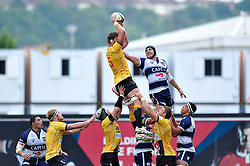 Darren Barry of Cornish Pirates wins the ball at a lineout - Photo mandatory by-line: Patrick Khachfe/JMP - Mobile: 07966 386802 21/09/2014 - SPORT - RUGBY UNION - Bristol - Ashton Gate - Bristol Rugby v Cornish Pirates - GK IPA Championship.