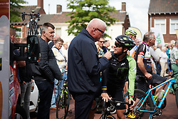 Giorgia Bronzini (ITA) discusses the road layout at the finish ahead of the Boels Ladies Tour 2018 - Stage 4, a 124.3km road race from Stramproy to Weert, Netherlands on August 31, 2018. Photo by Sean Robinson/velofocus.com