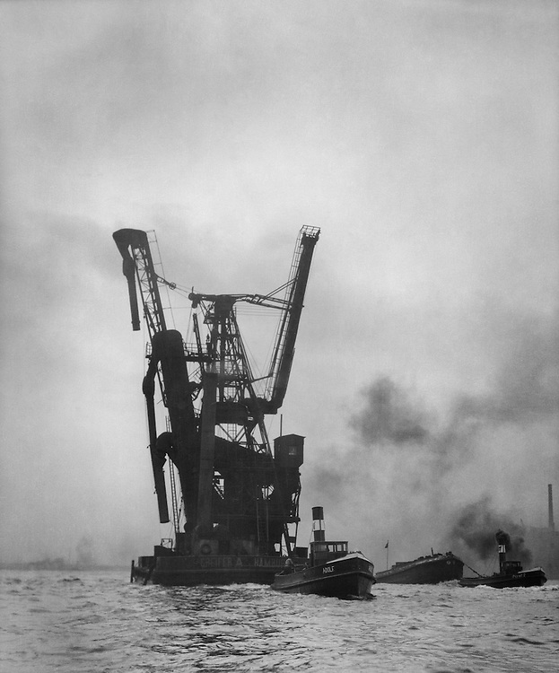 Floating Grain Elevator, Hamburg Harbour, 1925