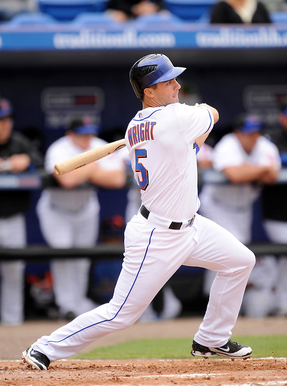 PORT ST LUCIE, FL - MARCH 01: David Wright #5 of the New York Mets bats against the Houston Astros during a spring training game at Tradition Field on March 1, 2009 in Port St Lucie, Florida. The Mets defeated the Astros 13-1.(Photo by Rob Tringali) *** Local Caption *** David Wright