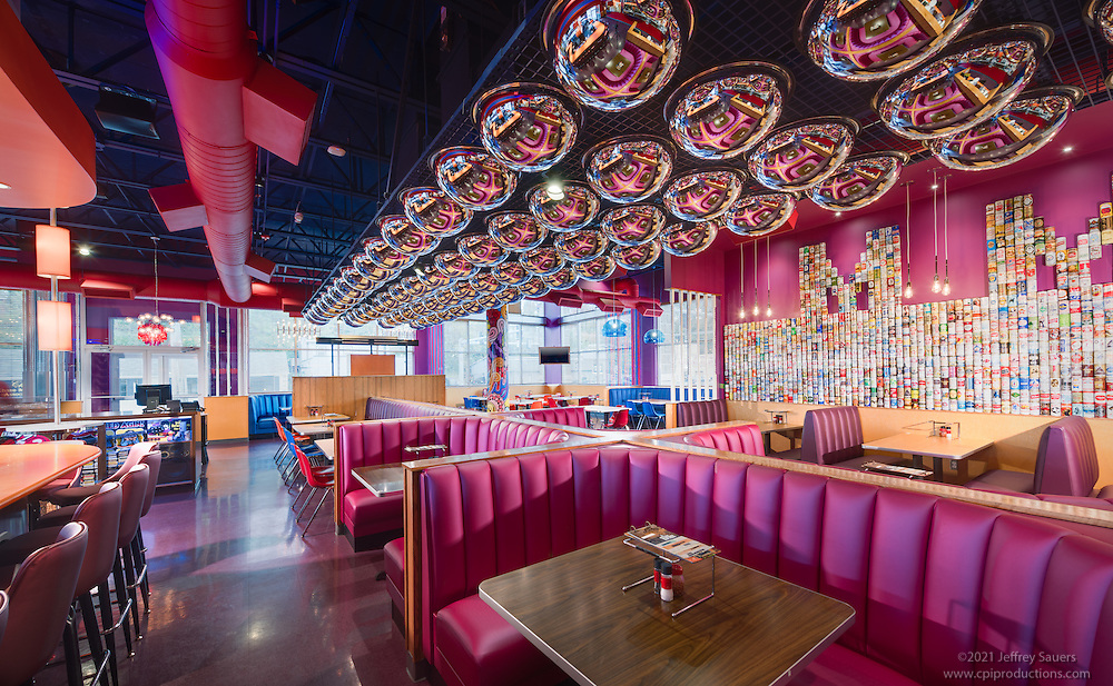 Interior Photo Of Mellow Mushroom Restaurant In Roanoke Virginia By Jeffrey Sauers Commercial Photographics