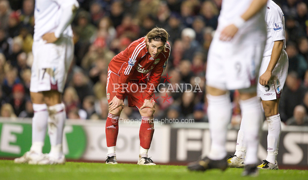 LIVERPOOL, ENGLAND - Wednesday, March 5, 2008: Liverpool's Fernando Torres during the Premiership match against West Ham United at Anfield. (Photo by David Rawcliffe/Propaganda)