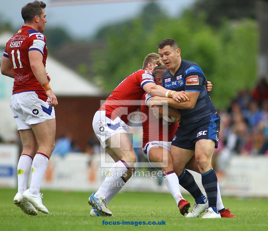 Brett Ferres (R) of Leeds Rhinos on the attack against Wakefield Trinity during the Betfred Super League match at the Beaumont Legal Stadium, Belle Vue, Wakefield<br /> Picture by Stephen Gaunt/Focus Images Ltd +447904 833202<br /> 10/06/2017