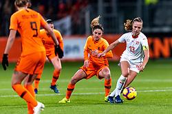 09-11-2018 NED: UEFA WC play-off final Netherlands - Switzerland, Utrecht<br /> European qualifying for the 2019 FIFA Women's World Cup - Danielle van de Donk #10 of Netherlands, Lia Walti #13 of Switzerland