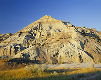 AA02177-01...NORTH DAKOTA - Clay hills on the North Unit of Theodore Roosevelt National Park.