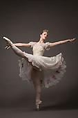 Lindsey Salvadalena – Ballet Portraits