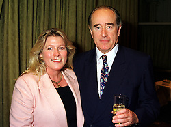 MR & MRS CHRISTOPHER FOYLE members of the Foyles bookshop family, at a luncheon in London on 7th September 1999.MUX 19