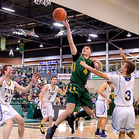 2nd year guard, Brayden Kuski (4) of the Regina Cougars in action during the Regina Cougars vs Lethbridge on November 3 at University of Regina. Credit Matte Black Photos/©Arthur Images 2018