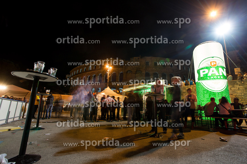 14.09.2012. Pula Arena, Pula, CRO, EBEL, KHL Medvescak Zagreb vs HDD Telemach Olimpija Ljubljana, 03. Runde, in picture People at party area Circus Maximux in front of Arena Pula before the Erste Bank Icehockey League 3rd Round match between KHL Medvescak Zagreb and HDD Telemach Olimpija Ljubljana at the Pula Arena, Pula, Croatia on 2012/09/14. (Photo By Matic Klansek Velej / Sportida)