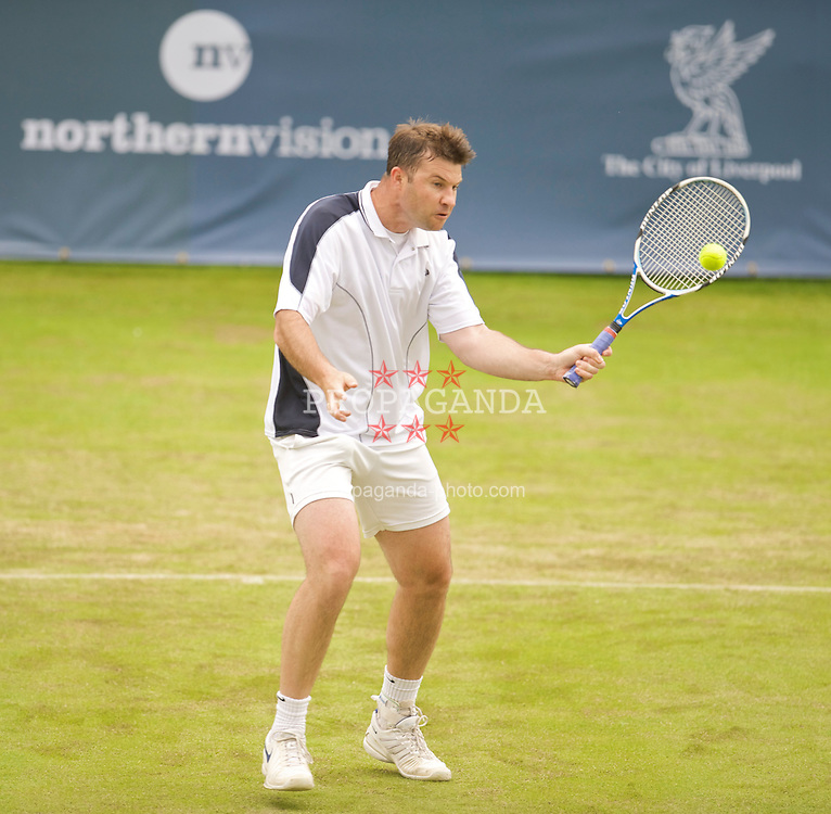 LIVERPOOL, ENGLAND - Thursday, June 18, 2009: Barry Cowan (GBR) during Day Two of the Tradition ICAP Liverpool International Tennis Tournament 2009 at Calderstones Park. (Pic by David Rawcliffe/Propaganda)