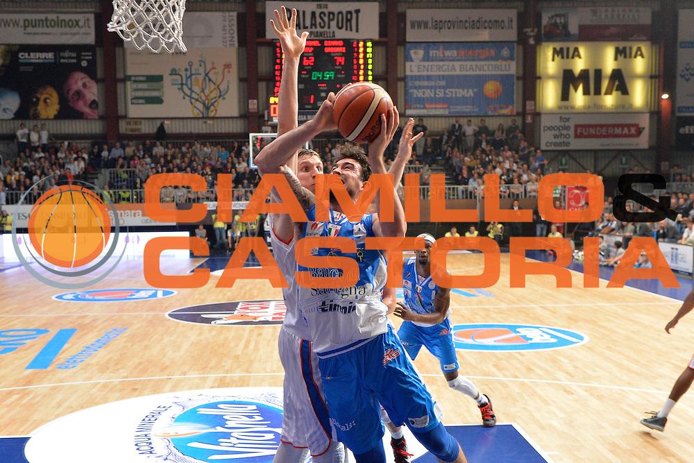 DESCRIZIONE : Cant&ugrave; Lega A 2015-16 Acqua Vitasnella Cantu' vs Dinamo Banco di Sardegna Sassari<br /> GIOCATORE : Joe Alexander<br /> CATEGORIA : Tiro sequenza<br /> SQUADRA : Dinamo Banco di Sardegna Sassari<br /> EVENTO : Campionato Lega A 2015-2016<br /> GARA : Acqua Vitasnella Cantu'  Dinamo Banco di Sardegna Sassari<br /> DATA : 12/10/2015<br /> SPORT : Pallacanestro <br /> AUTORE : Agenzia Ciamillo-Castoria/I.Mancini<br /> Galleria : Lega Basket A 2015-2016  <br /> Fotonotizia : Acqua Vitasnella Cantu'  Lega A 2015-16 Acqua Vitasnella Cantu' Dinamo Banco di Sardegna Sassari   <br /> Predefinita :