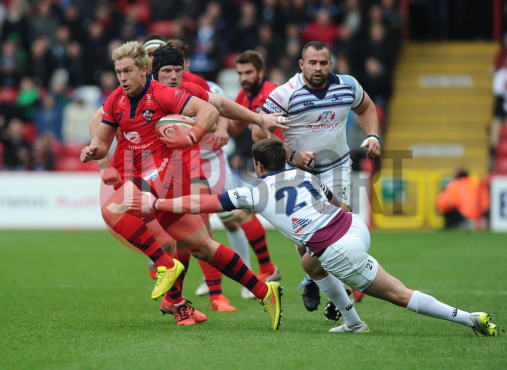 Bristol Winger Charlie Amesbury evades the challenge of Rotherham replacement Dan White  - Photo mandatory by-line: Joe Meredith/JMP - Mobile: 07966 386802 - 02/05/2015 - SPORT - Rugby - Bristol - Ashton Gate - Bristol Rugby v Rotherham - Greene King IPA Championship